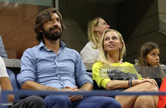 Andrea Pirlo lịch lãm đi xem Monte Carlo ảnh 1