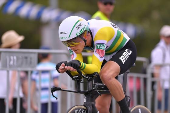Giro d'Italia 2018: Ngày thứ… 2, Dumoulin vẫn khoác Áo hồng ảnh 2
