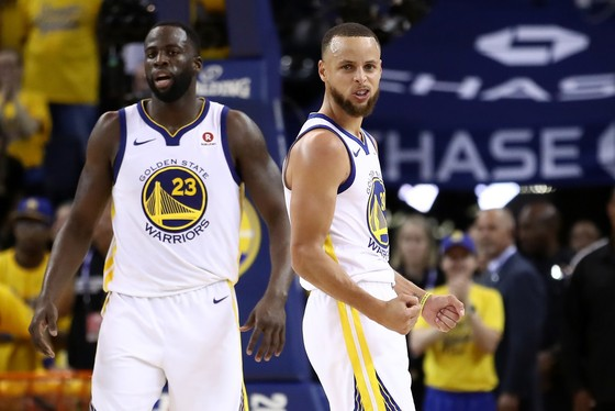 """Chung kết NBA: Ghi 51 điểm, James """"gánh team"""" vẫn thua """"Vua ghi 3 điểm"""" Curry ảnh 3"""