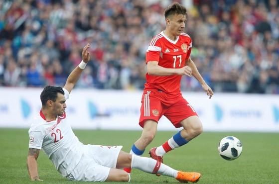 Aleksandr Golovin là ngôi sao của tuyển Nga