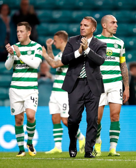 Celtic và mùa giải mới: Chỉ đầu tư 2 triệu mua… dàn đèn, Brendan Rodgers lâm nguy ảnh 1