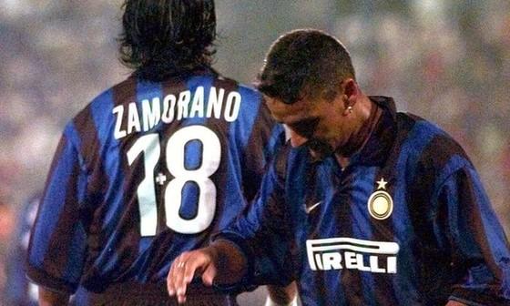 """10 điều chưa biết về """"Tóc đuôi ngựa thần thánh"""" Roberto Baggio ảnh 4"""