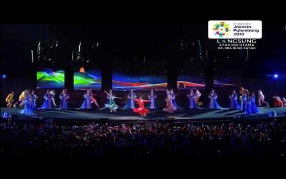 Lễ bế mạc Asiad 2018: Ngập tràn sắc màu về một châu Á đoàn kết và thống nhất ảnh 9