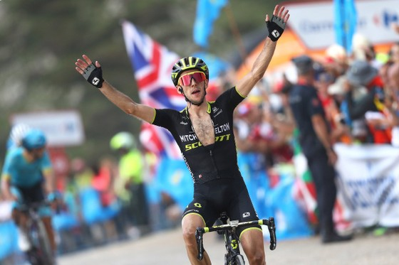 Vuelta a Espana 2018: Simon tự thắng chặng 14 để chiếm lại Áo đỏ Thống lĩnh ảnh 1