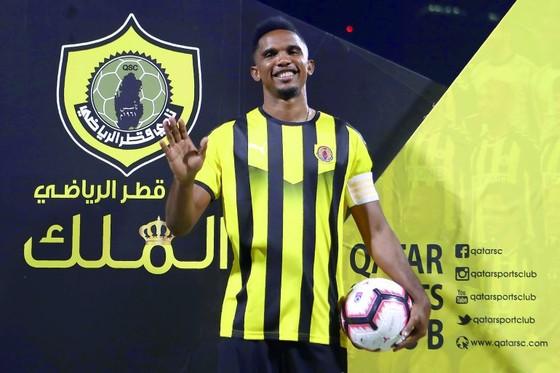 Samuel Eto'o: Ghi bàn đầu tiên cho Qatar SC ở QSL bằng… một pha đánh gót ảnh 2