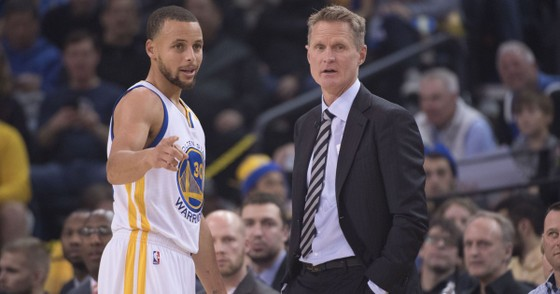 Steve Kerr và Stephen Curry
