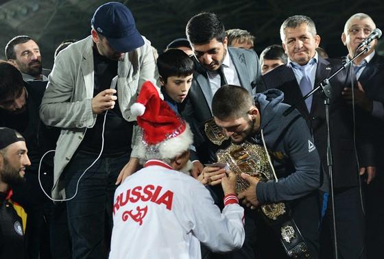 Khabib dọa bỏ UFC: Quyết đi đến cùng vì huynh đệ ảnh 3