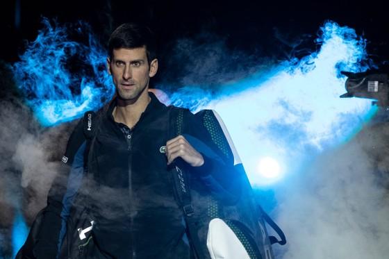 """ATP World Tour Finals 2018: Federer và trận đấu """"buộc phải thắng"""", Djokovic dễ dàng hạ Isner ảnh 1"""