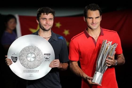 Simon thua Federer ở một giải đấu tại Shanghai