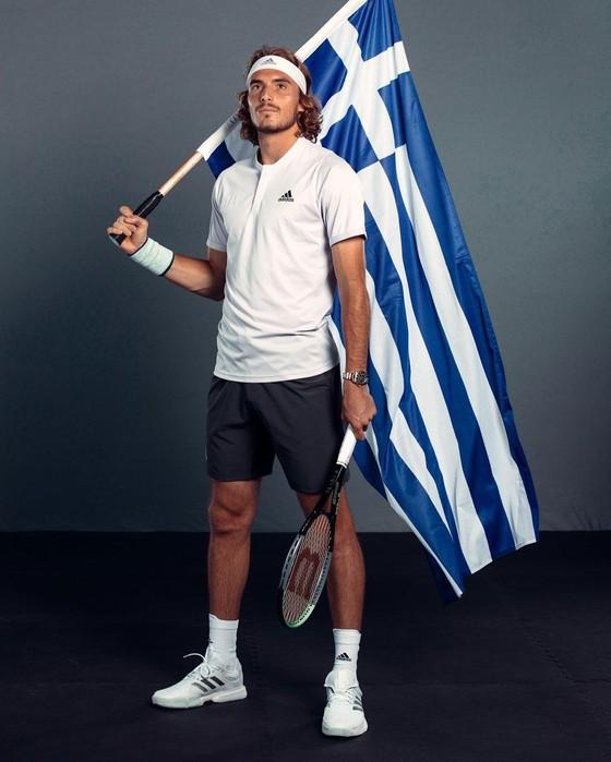 Stefanos Tsitsipas & Maria Sakkari: Hai ngôi sao quần vợt Hy Lạp tràn đầy năng lượng cho mùa giải mới 2021 ảnh 1