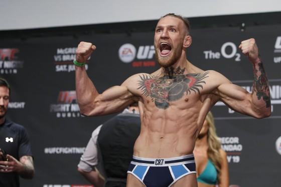"""""""Gã điên Ailen"""" Conor McGregor: """"Mỏ vàng"""" của UFC, kiếm 516 triệu USD bản quyền truyền hình sau... 7 năm ảnh 3"""