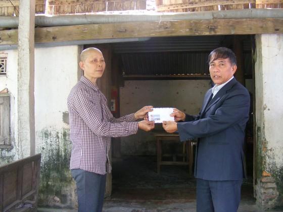 Báo SGGP trao tiền hỗ trợ gia đình nghèo khó, mang bệnh nan y ảnh 1