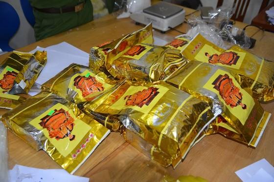 Khởi tố vụ án bắt giữ 700kg ma túy đá tại Nghệ An ảnh 2