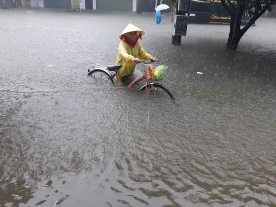 Nghệ An thiệt hại do mưa lớn, thời tiết bất thường ảnh 2