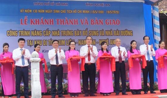 Bí thư Thành ủy TPHCM dự lễ khánh thành Nhà trưng bày bổ sung và Nhà Bái đường tại Khu di tích Kim Liên ảnh 2