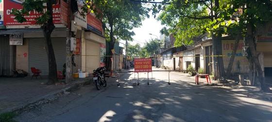 TP Vinh (Nghệ An) ngày đầu cách ly xã hội theo Chỉ thị 16  ảnh 1