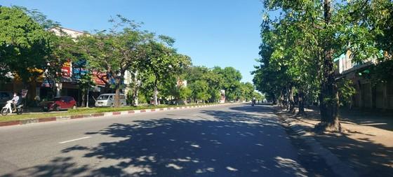 TP Vinh (Nghệ An) ngày đầu cách ly xã hội theo Chỉ thị 16  ảnh 2