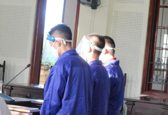Hai học sinh lãnh án tù vì vận chuyển lượng ma túy cực lớn ảnh 1