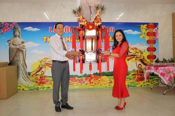 平陽省新天后宮競投聖燈籌得逾 36 億元 ảnh 3