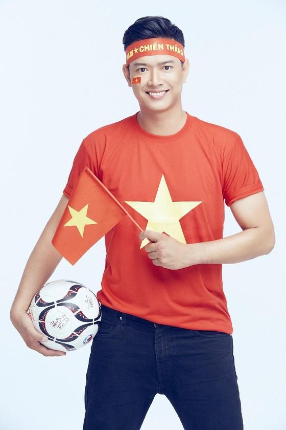 Trận chung kết lượt về Việt Nam – Malaysia dưới góc nhìn của người nổi tiếng ảnh 3