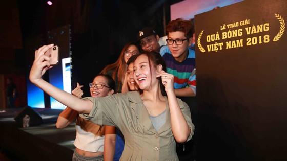 Gala trao giải Quả bóng Vàng Việt Nam 2018: Hồi hộp trước giờ công bố ảnh 3