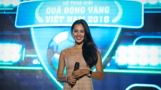 Gala trao giải Quả bóng Vàng Việt Nam 2018: Hồi hộp trước giờ công bố ảnh 8