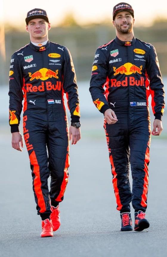"""Đua xe F1: Ricciardo biện minh về khoảng cách với Max """"điên"""" ảnh 1"""