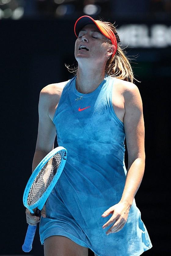 Australian Open 2019: Cú sốc ngày Chủ nhật – Sharapova và Federer đều bị loại ảnh 1