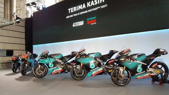 Đua xe mô tô: Petronas Yamaha SRT ra mắt dàn áo xe đua cực chất ảnh 1