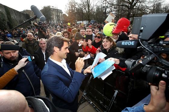 Roger Federer: Không còn săn ngôi số 1, vẫn muốn bay lên 9 tầng mây ở Wimbledon ảnh 7