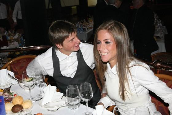 Arshavin và cô vợ cũ Alisa thời còn mặn nồng