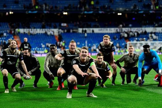 """Đánh sập Real Madrid tại Berbaneu: Thủ quân 19 tuổi của Ajax răn đe """"Chúng tôi chưa xong việc đâu"""" ảnh 1"""