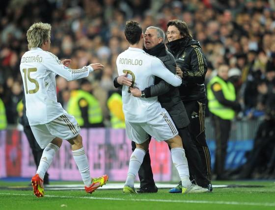Mourinho không làm HLV trưởng tuyển Trung Quốc, Cannavaro thì có thể ảnh 2