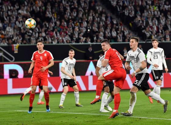 """Ronaldo nói hãy mạnh mẽ hơn, """"nội gián"""" Bernardo hài lòng ảnh 2"""