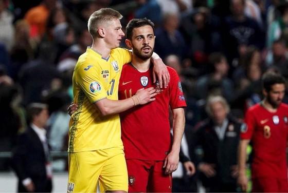 """Ronaldo nói hãy mạnh mẽ hơn, """"nội gián"""" Bernardo hài lòng ảnh 3"""