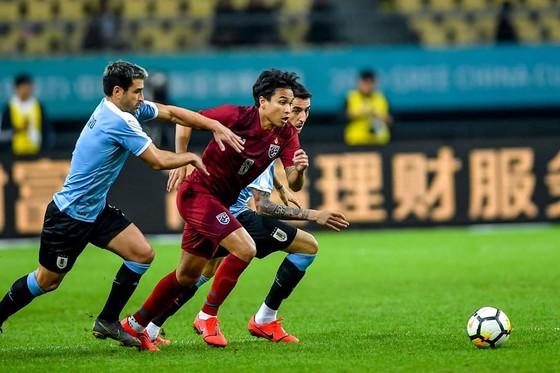 """China Cup 2019: """"Uruguay 2"""" hủy diệt Thái Lan, HLV Tabarez nói lời cay đắng về tuyển Thái ảnh 5"""