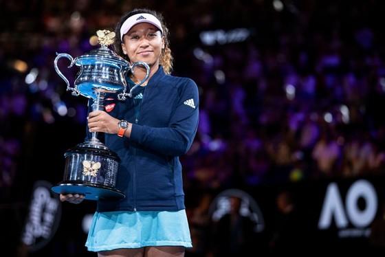 Naomi Osaka đang trở thành biểu tượng mới của làng quần vợt thế giới