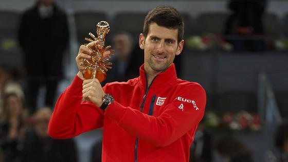 Roger Federer và mùa giải sân đất nện ảnh 3