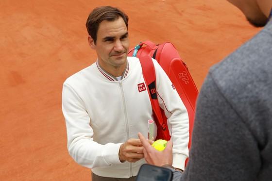 Roger Federer: Xúc động quay trở lại Roland Garros lần đầu tiên sau 4 năm ảnh 9