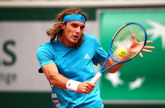 Roland Garros: Thắng tay vợt hạng 73 thế giới 18-10, Federer khởi đầu sảng khoái ảnh 1