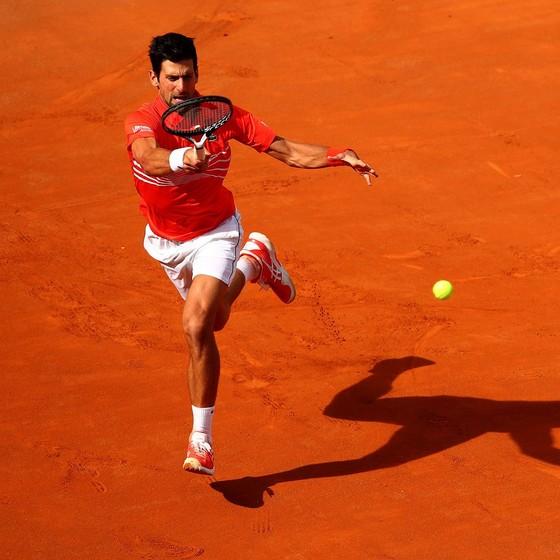 Nadal và Djokovic thắng dễ, chỉ đánh mất 14 game đấu ảnh 1