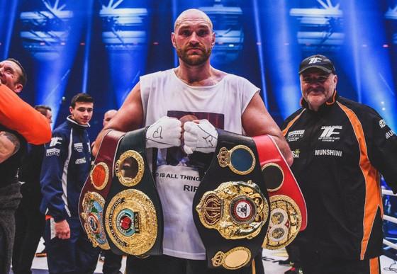"""Quyền Anh: Không tranh danh hiệu với Schwarz cuối tuần này, Fury """"giận dữ"""" vẫn có thể có đai WBO ảnh 1"""
