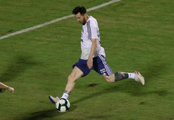 "Argentina - Colombia: Ông Scaloni sẽ chơi với ""mũi đinh ba"" Messi - Aguero - Di Maria ảnh 6"