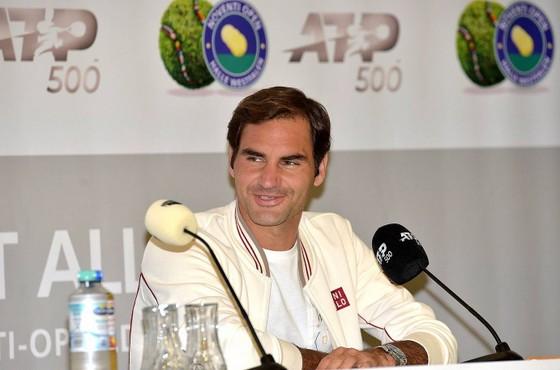 Federer trong buổi họp báo trước giải đấu