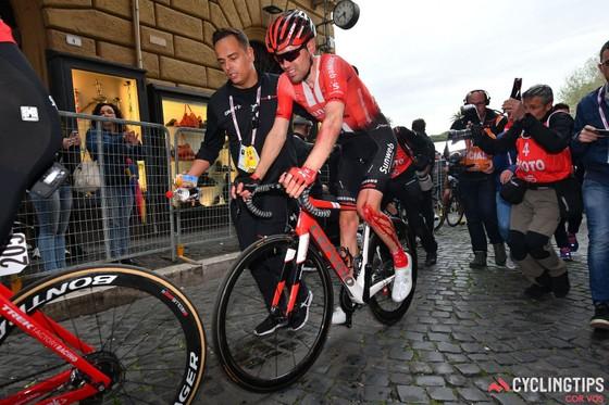Xe đạp: 0 Froome + 0 Dumoulin + 1/2 Thomas = Tour de France 2019 ảnh 1