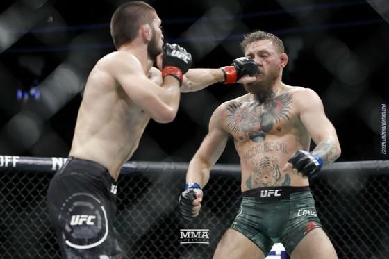 """UFC 242: """"Đại bàng Nga"""" Khabib tái xuất giang hồ ở Abu Dhabi, cảnh cáo McGregor đừng đến quậy phá ảnh 5"""