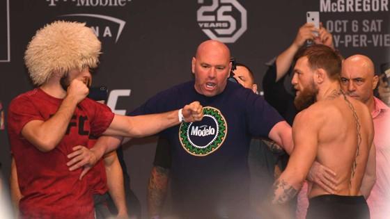 """UFC 242: """"Đại bàng Nga"""" Khabib tái xuất giang hồ ở Abu Dhabi, cảnh cáo McGregor đừng đến quậy phá ảnh 4"""
