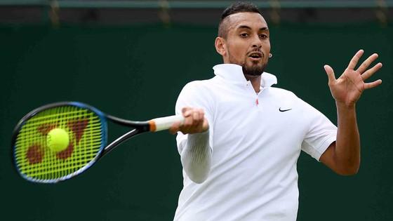 Wimbledon: Federer thua ván đầu tiên, Kyrgios thua 1 ván 0-6, còn Thiem thua cả trận đấu ảnh 2