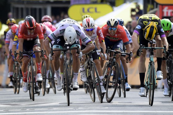 Tour de France: Teunissen đoạt chiến thắng ngay trước mặt Sagan ở chặng đua ngã xe hỗn loạn ảnh 3