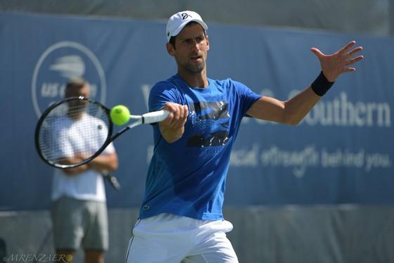 Cincinnati Masters: Federer vẫn đau vì Wimbledon, Djokovic lại khơi dậy nỗi đau đó ảnh 2